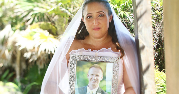 Bride Goes Forward With Beautiful Wedding Photoshoot To Honor Her Late Fiance
